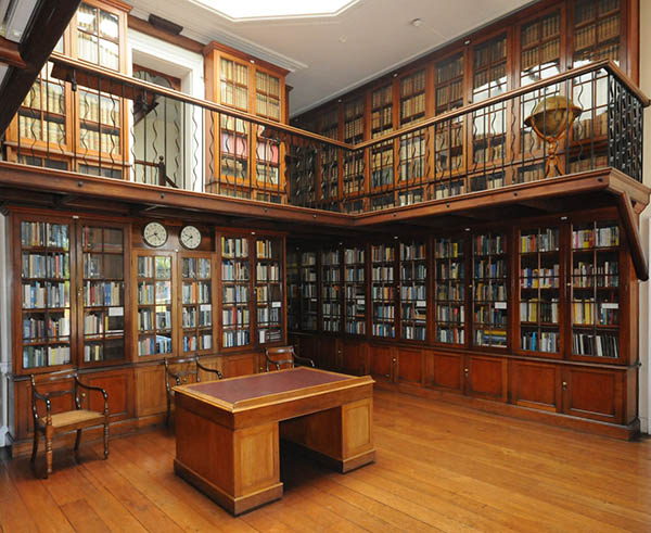 The central room of the library, Main Building. Ph
