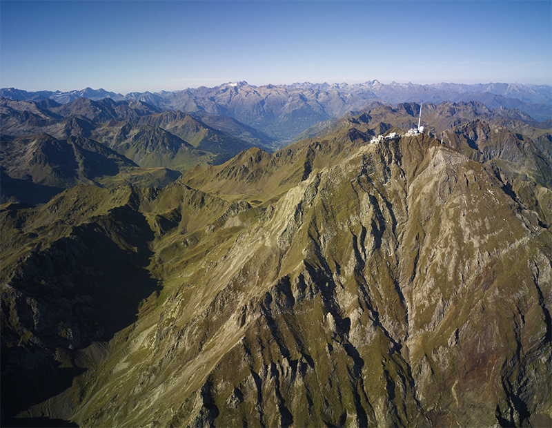 <strong>Fig. 4</strong>. The Pic du Midi and the O