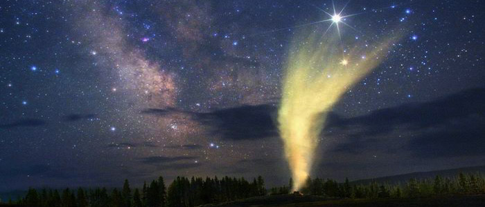 Starry night above the Old Faithful Geyser, Yellowstone National Park, Wyoming USA. Wally Pacholka, TWAN (Twanight.org)